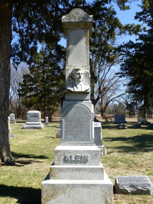 The Edward Klein monument in Pine Lawn Cemetery.